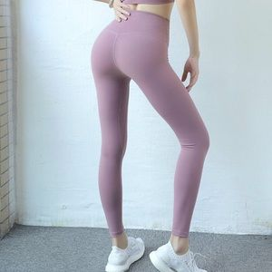 NEW Astoria Live Luxe Legging